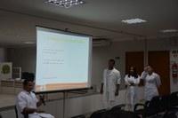 Ação aborda o papel do enfermeiro na prevenção e orientação de doenças no trabalho