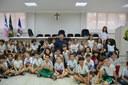 Escola visita Câmara para ensinar sobre organização das cidades