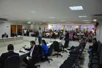 Pedido de vistas adia votação do orçamento do município de Linhares