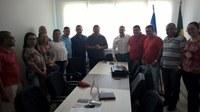 Vereadores e funcionários da Câmara recebem visita de Pastor